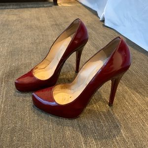 Christian Louboutin Oxblood Simple Pumps